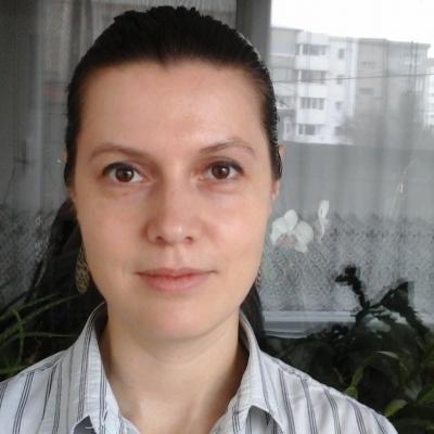 Iuliana S.