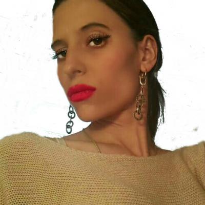 Yana M.