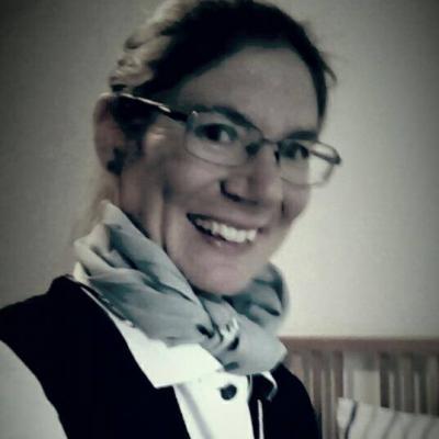 Angelika R.