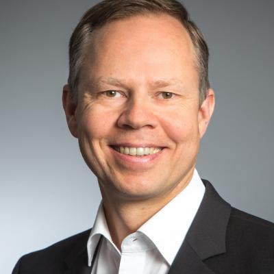 Joachim G.