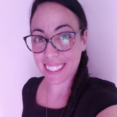 Elisabetta R.