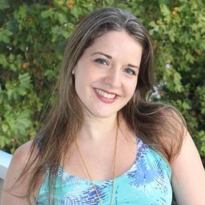 Laura Cecilia L.